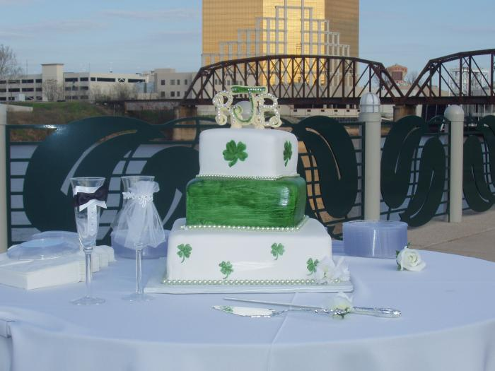 Fondant Irish Wedding Cake